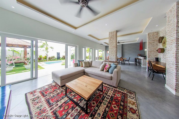 3-Bedroom amazing villa for rent in Balangan