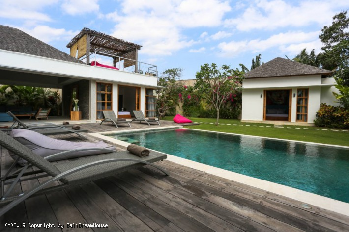 Amazing 4-Bedroom villa for rent in Umalas