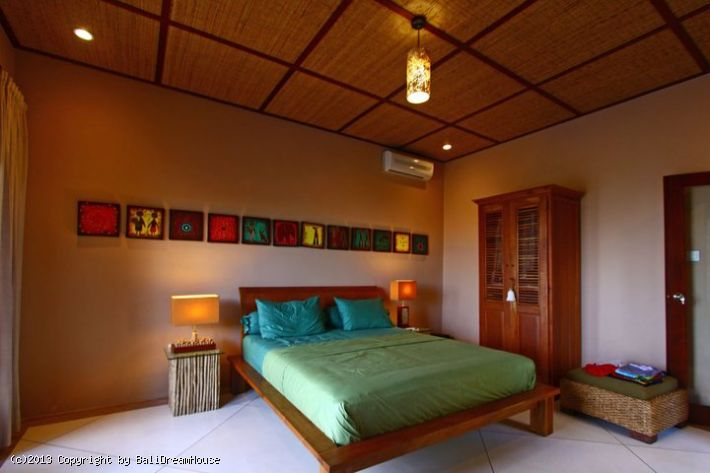 bedroom beach front villa for rent or sale in klungkung