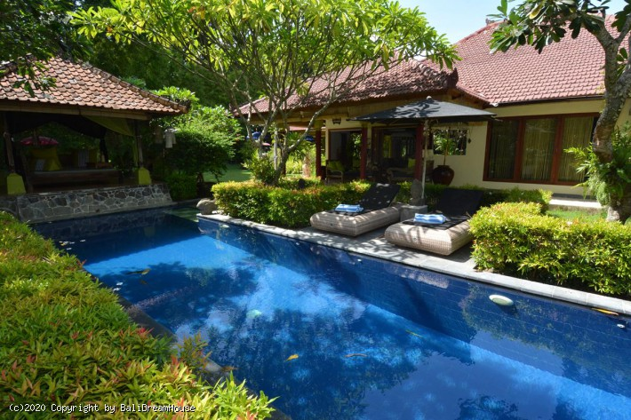 3-Bedroom Beach Side Villa for rent in Sanur