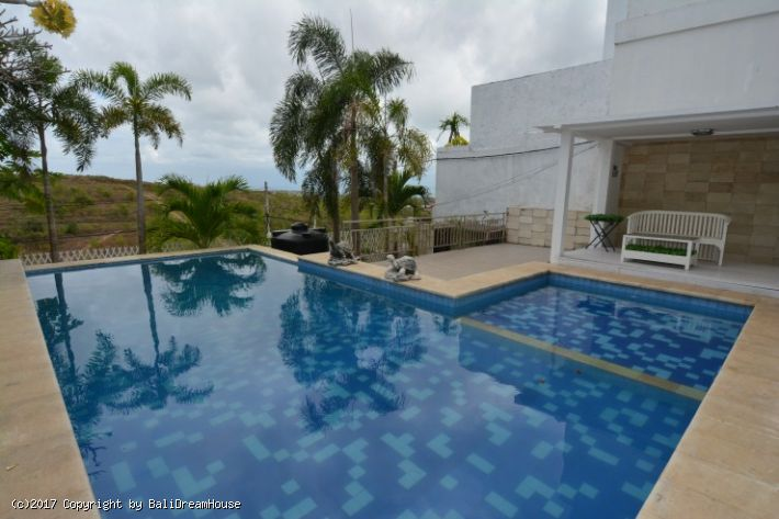 4-Bedroom villa for sale or rent in Jimbaran