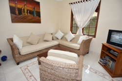 Long term rental house Sanur: