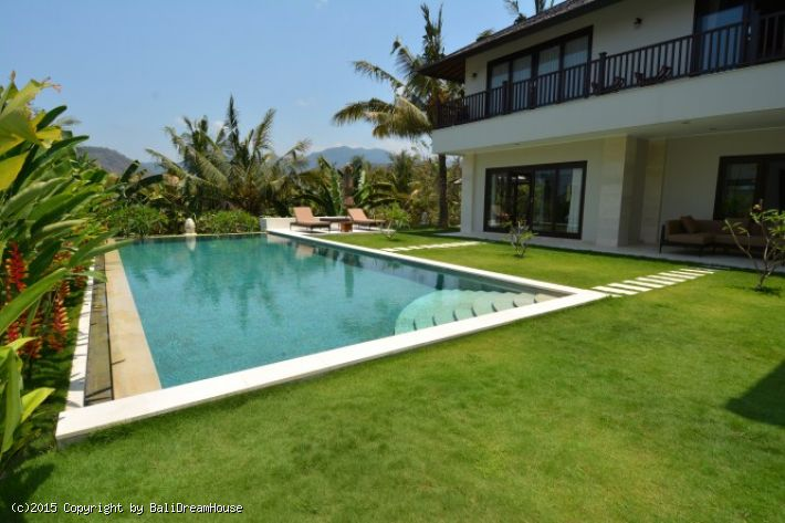 Stunning 3-Bedroom villa for rent in Candidasa