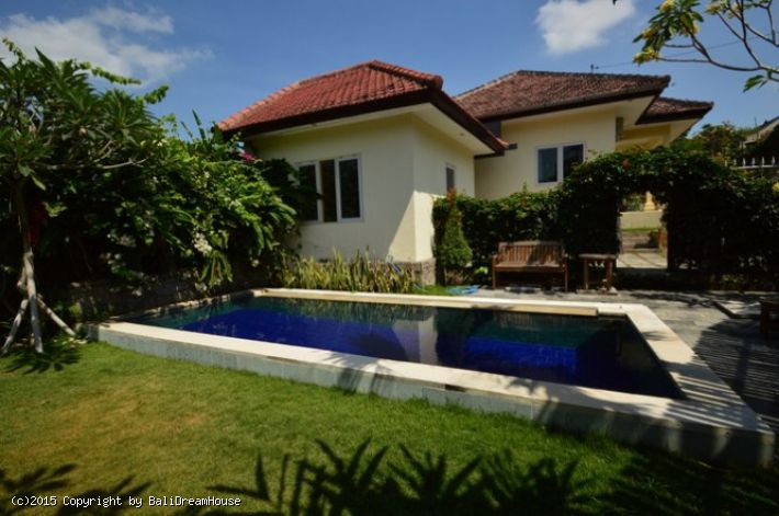 2 Bedroom Villa For Rent In Padonan Canggu Kuta Utara