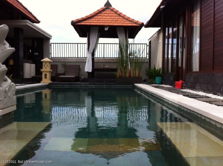 2-Bedroom Villa for sale or rent in Kerobokan